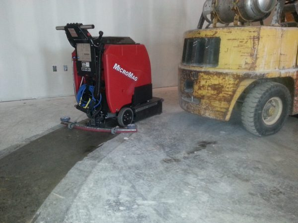 Factory Cat Micro-Mag walk behind Scrubber Dryer