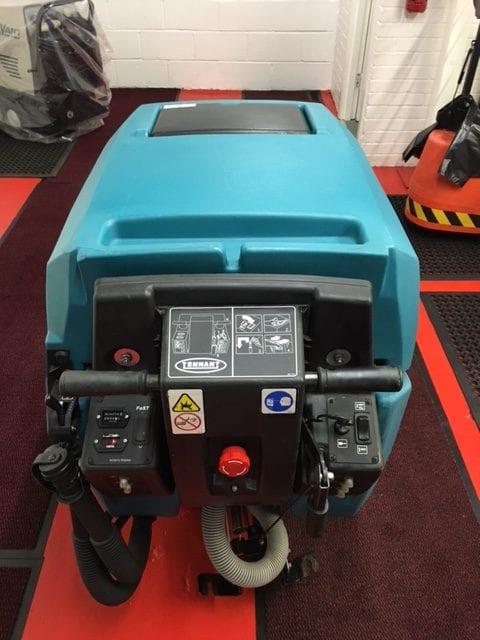 Tennant 5680 800mm refurbished scrubber drier