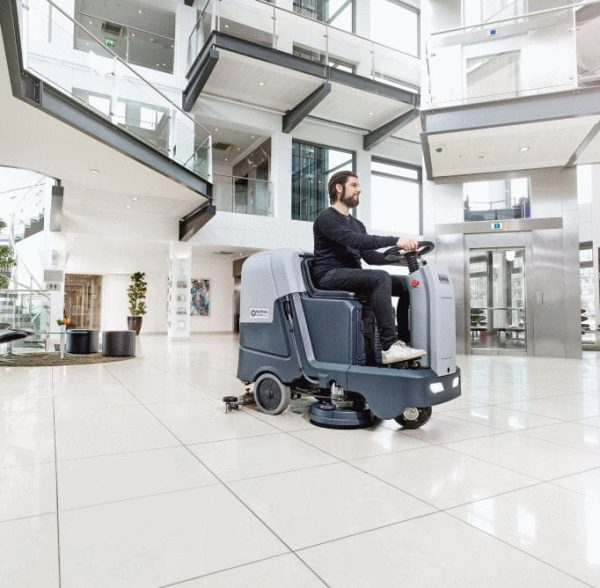 Nilfisk SC3500 cleans tiled, marble, terrazzo, marble, ceramic and concrete floors.