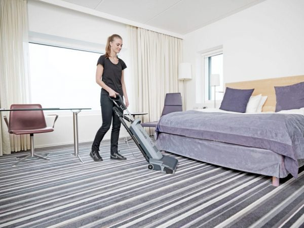Nilfisk VU 500 upright vacuum for hotel cleaning