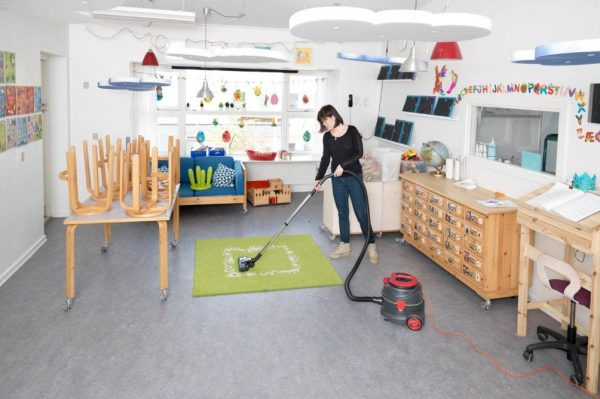 Viper DSU vacuum cleaning a childrens' nursery