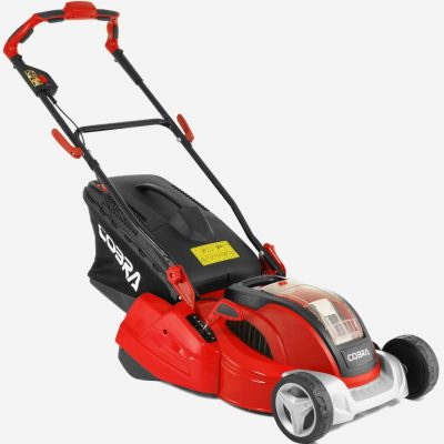 Cobra battery lawnmower with rear roller