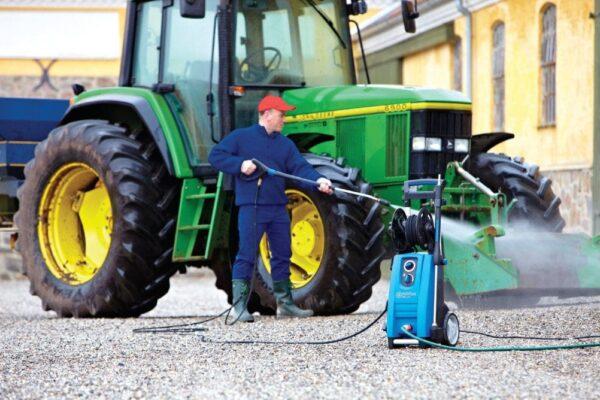 Nilfisk MC2C cold pressure washer tractor wash-down