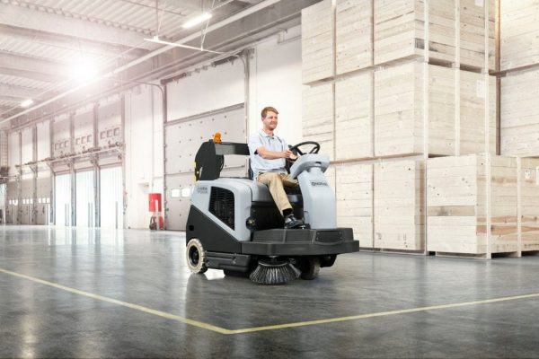 Nilfisk SW5500 warehouse sweeper