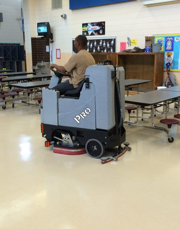 Factory Cat Pilot-HD for school cleaning