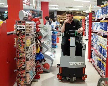 Factory Cat Pilot-HD supermarket floor cleaner