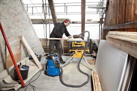 Nilfisk Aero industrial vac for construction/building contractors.